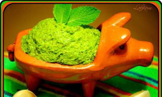 Sorrel pesto with mint and almonds
