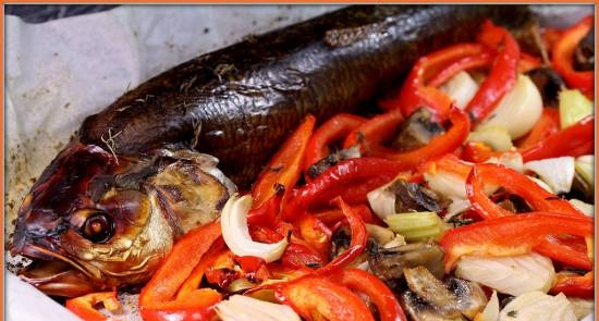 Asp baked with vegetables