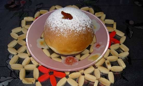 """Donuts """"Sufganiet"""" from the oven"""