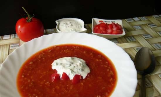Cold tomato soup with buckwheat