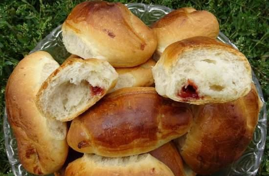 Bagels with jam