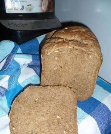 Philips HD9046. Wheat-rye bread with honey and seeds