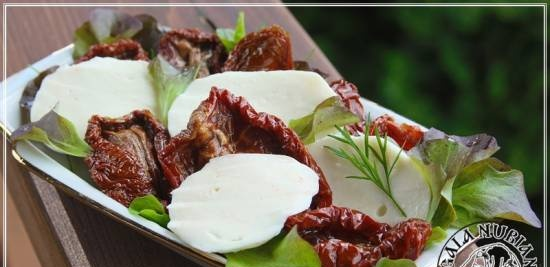 Mozzarella made from Anglo-Nubian goat milk