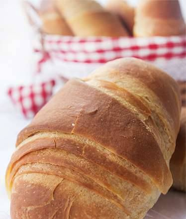 Buns with boiled condensed milk