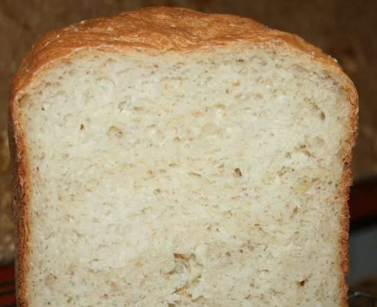 Wheat bread with wheat grits, cereals and semolina
