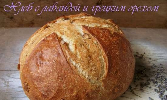 Bread with lavender and walnuts