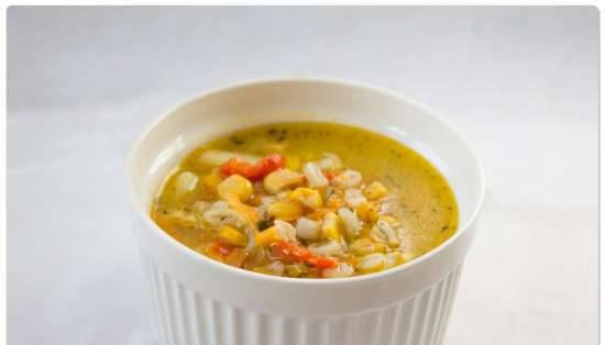 Pearl barley soup with corn and bell pepper