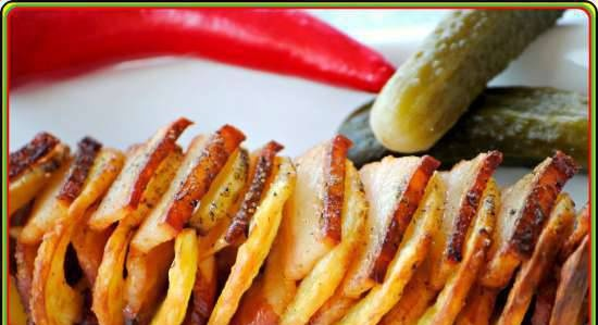 Spiral potatoes with bacon