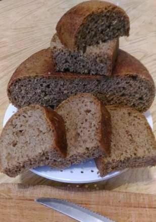 Wheat bread with rye sourdough in the Philips multicooker 3060/03