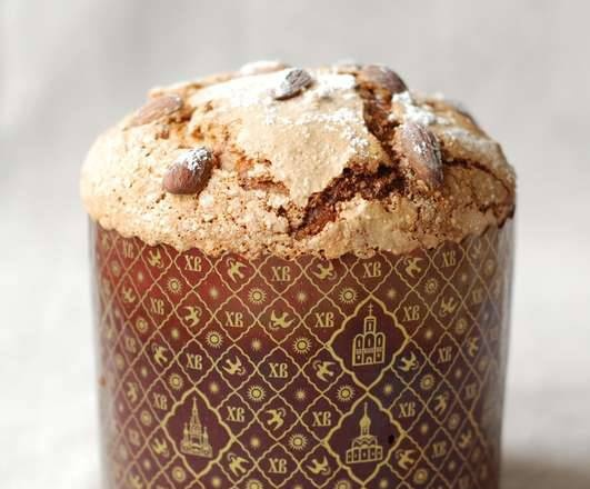 Easter cake according to the recipe for Italian Easter colomba