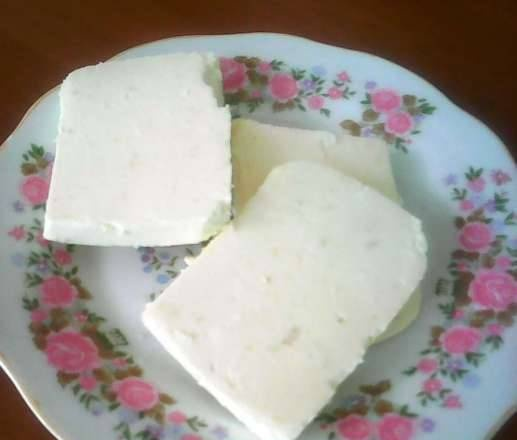 Cheese made from only one curd