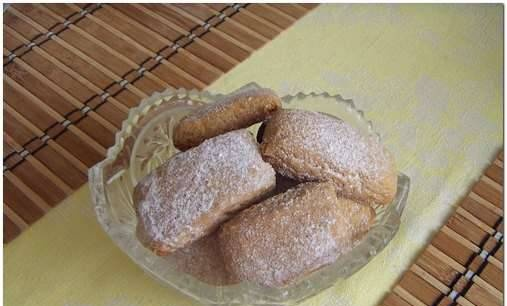 Gingerbread cookies with honey and oatmeal