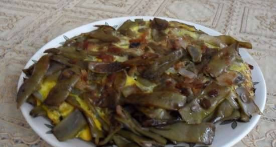 Fried asparagus beans with onions and eggs