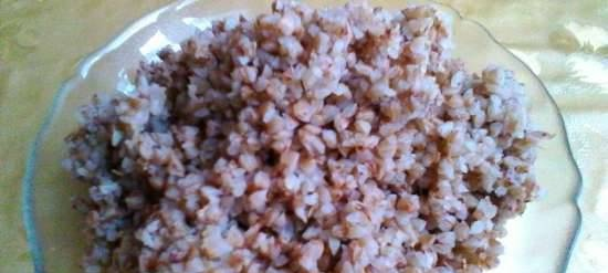 Buckwheat with soy sauce in a multicooker Philips 3060