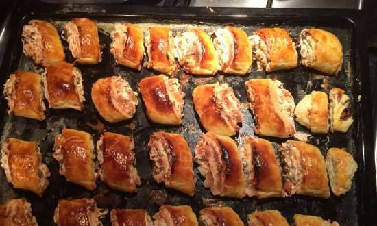 Puff pastry with nuts and raisins