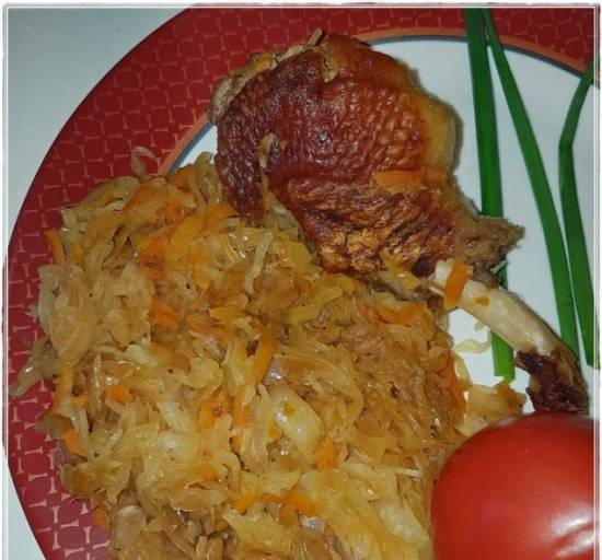 Duck solyanka with cabbage