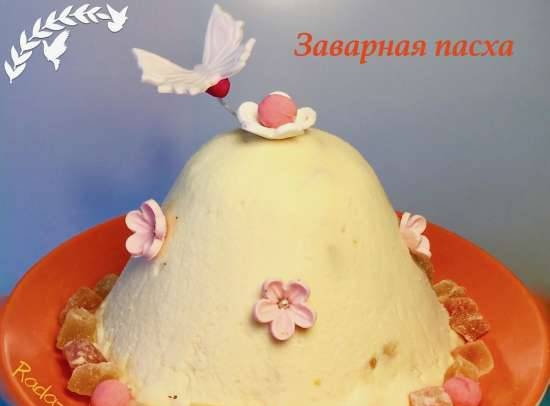 """Easter """"Princely"""" custard with cream, sour cream and yolks"""