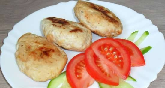Diet chicken and curd cutlets (in a pizza maker)