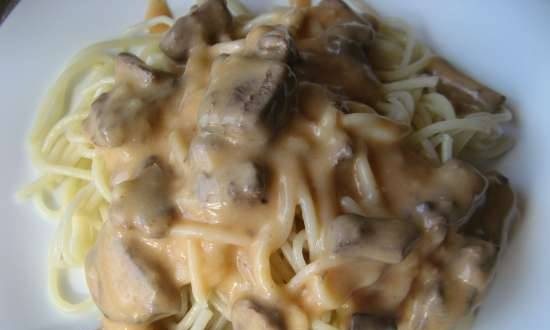 Stroganoff liver (according to the collection of recipes)