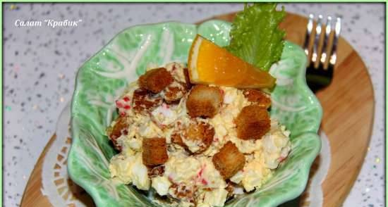 Crab salad with croutons