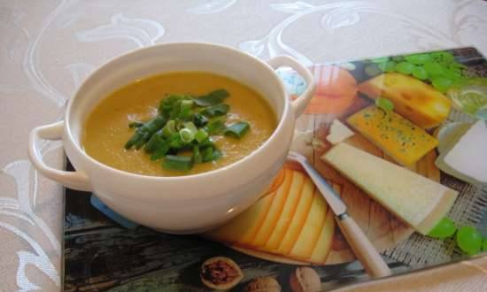Puree soup with spicy cheese sauce (Kromax Endever Skyline BS-92 soup blender)