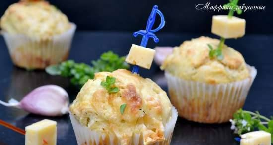 Snack muffins with cheese and garlic