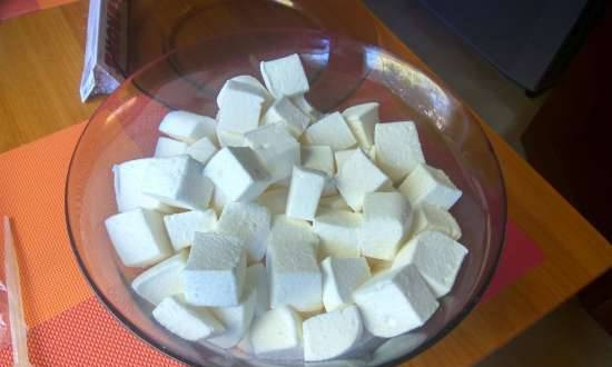 Marshmallow with coconut