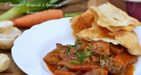 Pork with vegetables and red wine