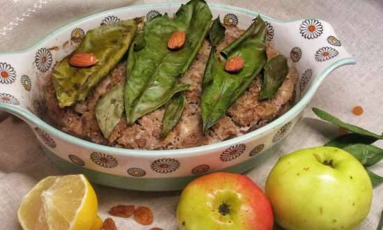African-style meat casserole with apple, nuts and spices