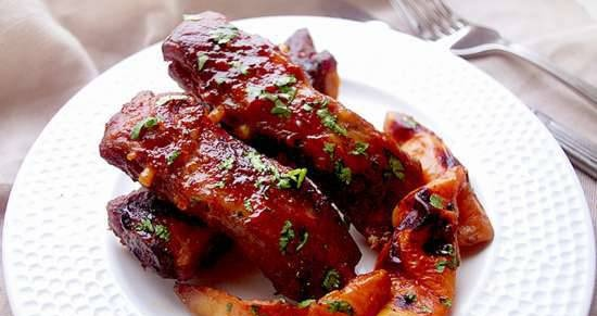 Pork ribs baked with quince