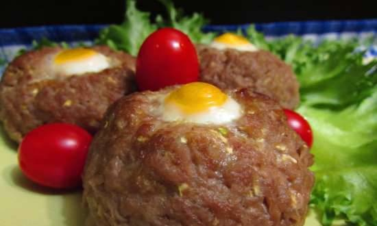 Meat and vegetable cutlets with quail eggs