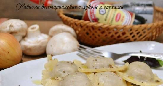 Vegetarian ravioli with onions and nuts