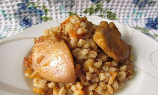 Barley baked with chicken in the oven