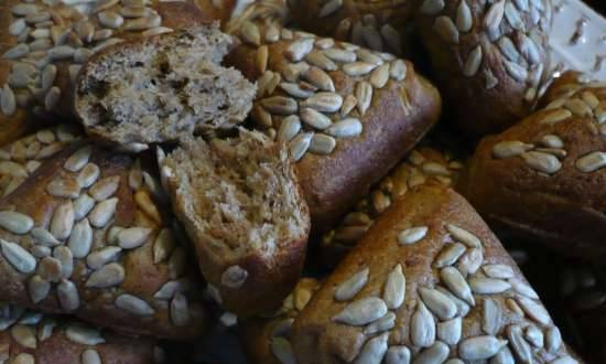 Bread rolls with oatmeal and malt (Samboussa maker by Princess)