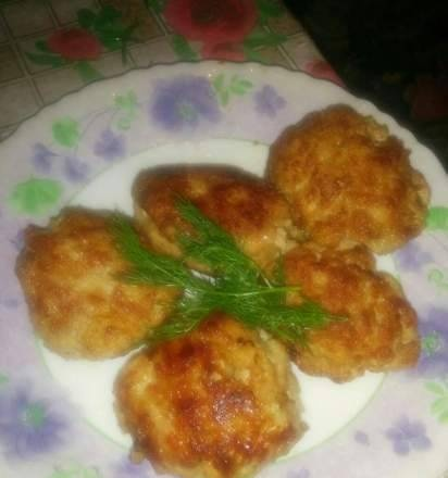 Kebab cutlets in a slow cooker Element