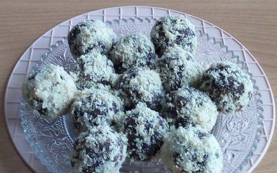 Chocolate-nut cakes with starch-free flour