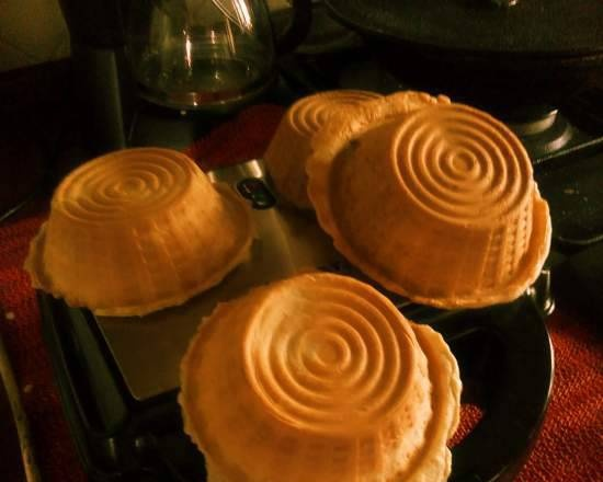 """Thin simple crispy tartlets """"For everything"""""""