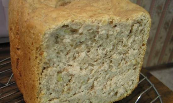Wheat buckwheat bread with walnuts (Posted by Caprice)