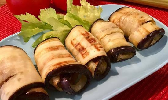 Eggplant rolls with nuts and garlic