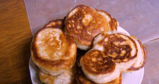 Lush yeast pancakes without eggs