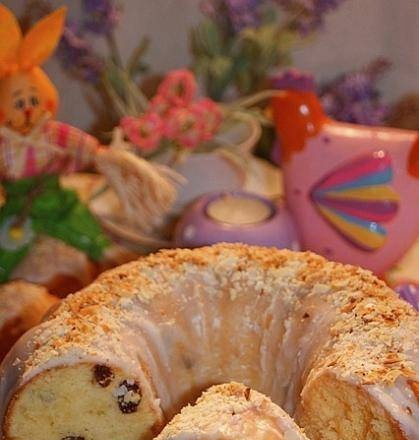 Quick Easter cake without yeast