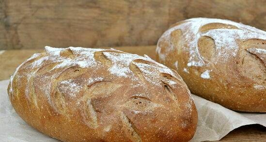 Sourdough bread with polysol and nut flour
