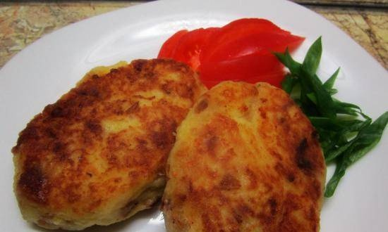 Potato cutlets with bacon and onions
