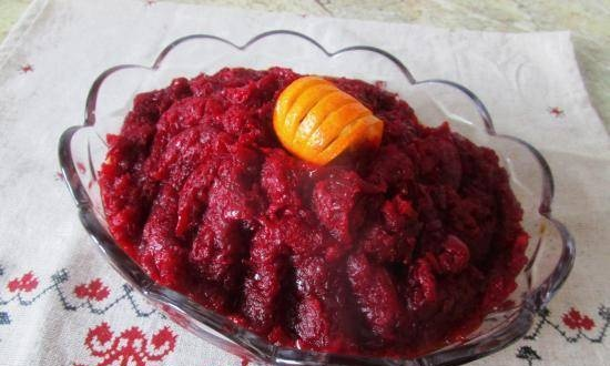 Beetroot caviar with onions and carrots