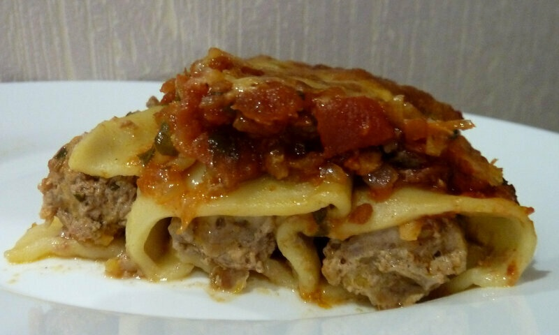 Cannelloni with pumpkin and meat mince