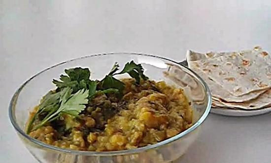 Kichri with celery and spinach (+ video)