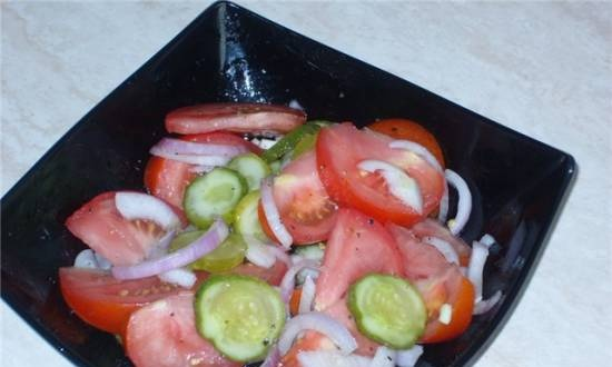 Tomato and lightly salted cucumber salad