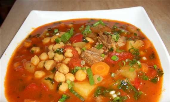 Chickpea soup red