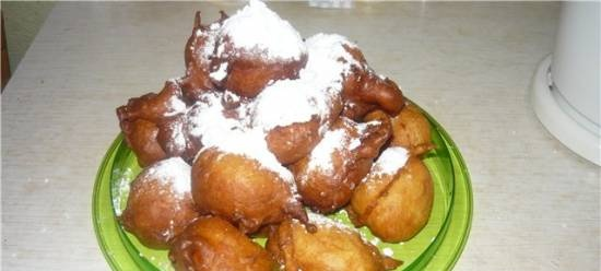 Novy Urengoy donuts (with kefir and baking powder)