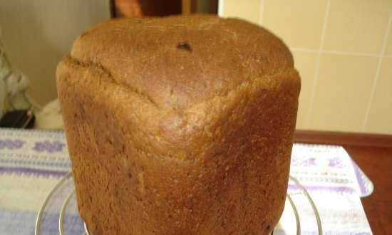 Rye bread with dried apricots, prunes and hazelnuts (bread machine)